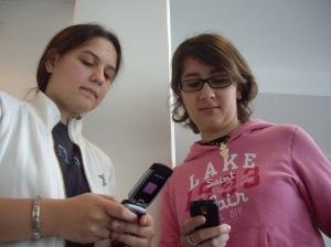 Eugénia et Alexia (de gauche à droite)